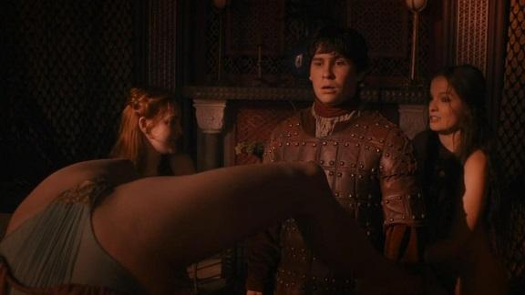 escena prostitutas juego de tronos collares prostitutas