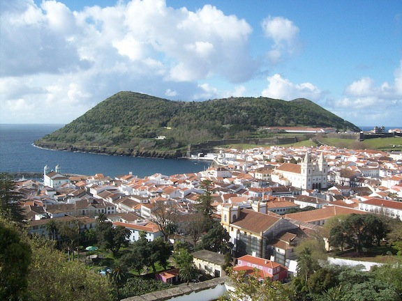 Vista general de Angra do Heroismo (Terceira)