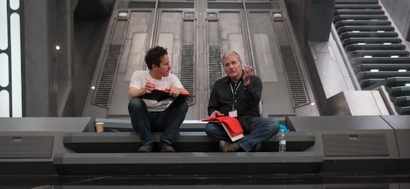Abrams y Lawrence Kasdan en el set de rodaje