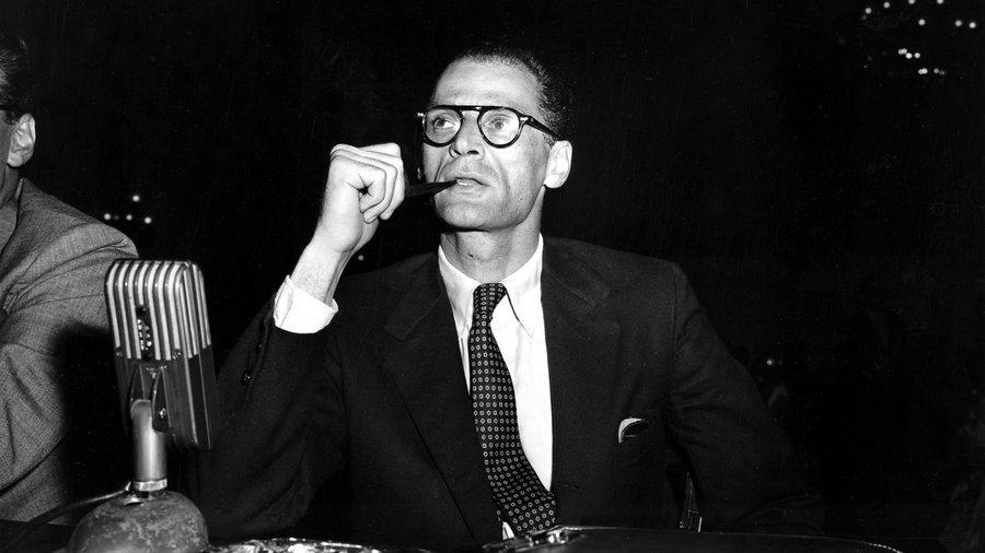 Άρθουρ Μίλερ: Η αταλάντευτη κριτική ευφυΐα του αμερικανικού θεάτρου