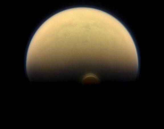 Torbellino en Titán (NASA)